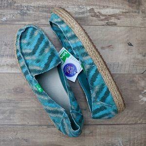 Sanuk Funky Fiona Women's Slip-On Shoes/Sandals